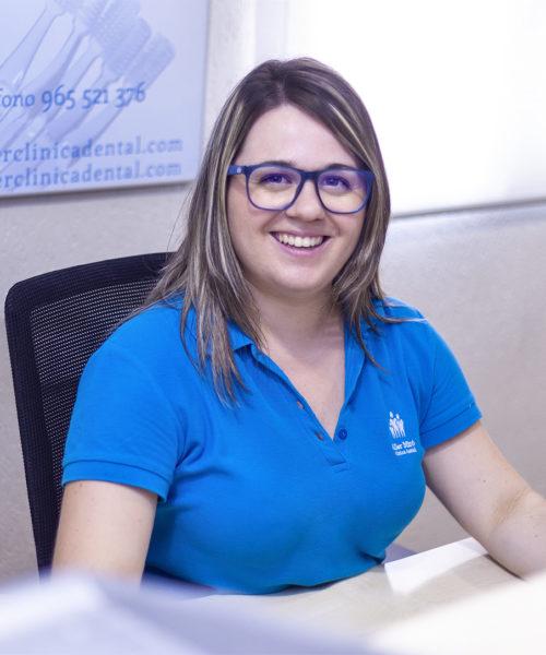 Alba Torregrosa dentistas alcoy